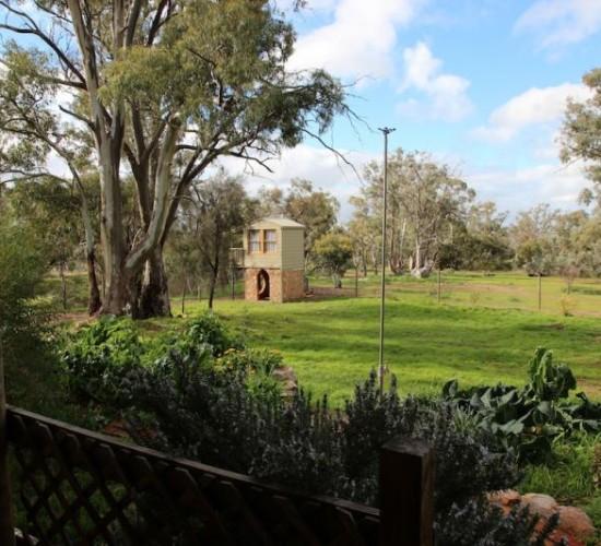 Cubby House - Kookaburra Creek Retreat